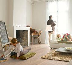 Woonkamer houten vloer. Quick-Step Laminaat Largo - vloeren ideeën | UW-vloer.nl #laminaatvloer #interieur