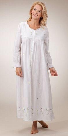 9 Latest Indian Long Nighties for Women - Fashion Style Asian Bridesmaid Dresses, Cotton Nighties, White Nightgown, Night Dress For Women, Full Length Gowns, Ladies Dress Design, Night Gown, Dame, Designer Dresses