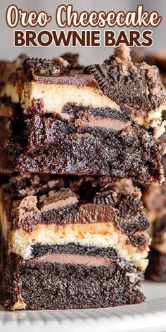 Oreo Cheesecake Brownie Bars - This Oreo Cheesecake Brownie Bars Recipe is the ultimate chocolate lovers dessert. These bars have a brownie bottom, chocolate-filled Oreos, a creamy vanilla cheesecake, and topped with a silky chocolate ganache all in one sliceable dessert. They're the perfect decadent cheesecake bar recipe to serve up! #cookiedoughandovenmitt #desserts #brownies Cheesecake Brownie Bars, Peppermint Cheesecake, Brownie Frosting, Brownie Recipes, Cake Recipes, Dessert Recipes, Peanut Butter Recipes, Chocolate Lovers, Chocolate Ganache