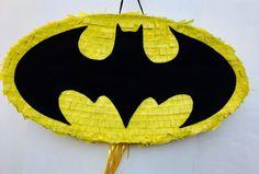 Birthday Celebration Batman pinata. Celebración cumpleaños piñata de Batman. de ArteAnadal en Etsy https://www.etsy.com/es/listing/537246831/birthday-celebration-batman-pinata