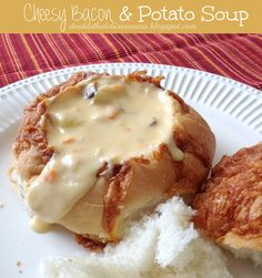 Love bread bowls filled with soup. So Yummy! I need to make this Cheesy Bacon Potato Soup in a Bread Bowl Best Potato Soup, Bacon Potato, Chili Recipes, Soup Recipes, Cooking Recipes, Family Recipes, Bacon Recipes, Chicken Recipes, Salads