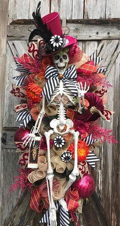 Halloween Swag Skeleton Wreath Skeleton Decor Halloween by nellie Theme Halloween, Halloween Trees, Halloween Projects, Holidays Halloween, Happy Halloween, Halloween Designs, Halloween Stuff, Skeleton Decorations, Halloween Decorations