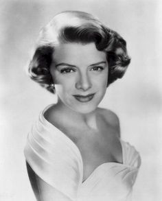 Net Photo: Rosemary Clooney: Image ID: . Pic of Rosemary Clooney - Latest Rosemary Clooney Image. Old Hollywood Glamour, Golden Age Of Hollywood, Vintage Hollywood, Hollywood Stars, Classic Hollywood, Hollywood Icons, Vintage Glamour, Vintage Style, Vintage Fashion