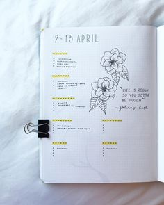 Bullet journal weekly layout, one paged weekly layout, flower drawing. | @buujooo
