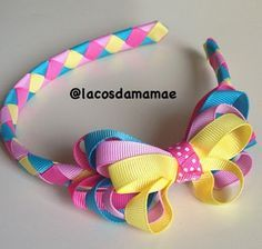 CANTINHO DE MÃE: Laços de Cabelo para Meninas Fofas Making Hair Bows, Diy Hair Bows, Diy Bow, Diy Ribbon, Ribbon Crafts, Kids Headbands, Ribbon Headbands, Hair Ribbons, Diy Headband