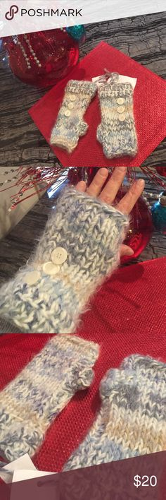 Shades of Blue Fingerless Gloves Soft Handmade fingerless gloves accented with buttons... Adorable match to scarf listed!  Text Freindly😍💙✨ hand made Accessories Gloves & Mittens