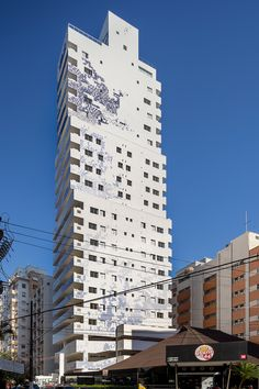 Santos Residencial Building - Triptyque