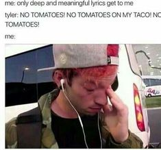 twenty one pilots funny memes Emo Bands, Music Bands, Twenty One Pilot Memes, Twenty One Pilots Songs, Meaningful Lyrics, Tyler And Josh, Top Memes, Funny Memes, Hilarious