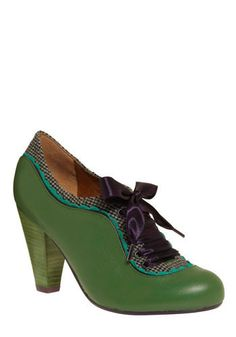 Vintage, green, ribbon tied shoes!