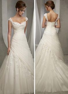 Long-Sleeve-Wedding-Dress-Lace-Rosa-Clara-DolceTulle Square Neckline Natural Waistline A-line Wedding Blue Wedding Dresses To Stand Out – Page Dream Wedding Dresses, Bridal Dresses, Wedding Gowns, Bridesmaid Dresses, Wedding Attire, Beautiful Gowns, Dream Dress, Wedding Styles, Wedding Ideas