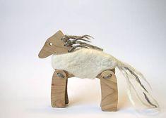 design / Koník v kožúšku belko. Lion Sculpture, Statue, Art, Design, Atelier, Art Background, Kunst, Performing Arts