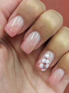Flowers do not always open, but the beautiful Floral nail art is available all year round. Choose your favorite Best Floral Nail art Designs 2018 here! We offer Best Floral Nail art Designs 2018 .If you're a Floral Nail art Design lover , join us now ! Fancy Nails, Cute Nails, Pretty Nails, My Nails, Hair And Nails, Glitter Nails, Pink Glitter, Nails With Glitter Tips, Glitter Art