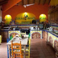 Casa Machaya, Oaxaca. Me gusta el contraste del estilo y los aparatos electricos.
