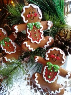 Gingerbread man decorated cookies