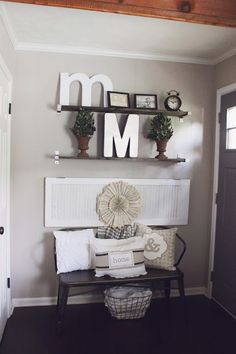 Farmhouse Entry-Way