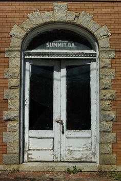 Twin City Summit GA Emanuel County Bank Architecture Staggered Keystone Doorway Granite Arch Glass Sign