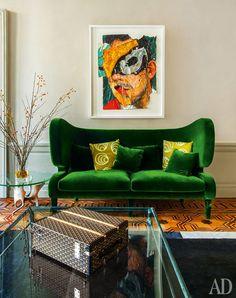 Viyet Style Inspiration   Living Room   Green velvet sofa