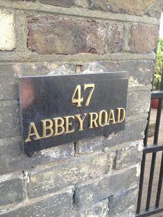 Abbey Road, London, England  (LW35-3)