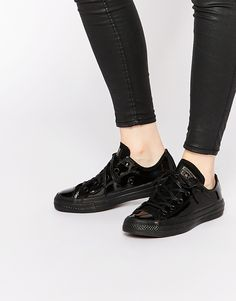 Bild 1 von Converse – Chuck Taylor – Lack-Sneakers mit niedrigem Schaft