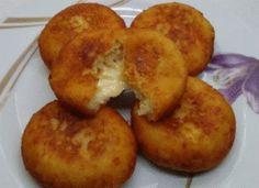Τραγανά πατατοπιτάκια Types Of Food, Baked Potato, Muffin, Potatoes, Baking, Breakfast, Ethnic Recipes, Life, Recipes