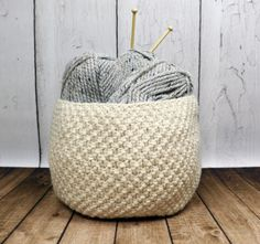 This versatile basket can be used to store anything! Oodles Basket knit pattern by Deja Jetmir, made with Wool-Ease Thick & Quick (paid pattern).