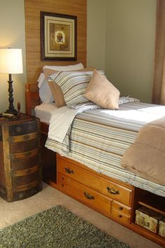 steamer trunk on its side! end table!