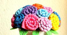 Manualidades flores de fomi Vases, School, Manualidades, Glow