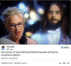 """Photo of """"Jesus Blessing"""" (Jared Leto) Patricia Arquette during her acceptance speech at Oscars'2015; ph. Tim Lyzen"""