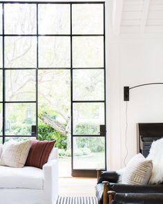 This weekend we're doing windows! Washing windows is boring BUT if you grab a friend, crank up a great playlist and… Formal Living Rooms, Living Room Decor, Eco Friendly Cleaning Products, Washing Windows, Black Windows, Amber Interiors, Minimalist Living, Living Room Inspiration, Traditional House
