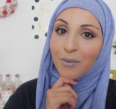 Pin for Later: 14 Blogueuses Francophones Que Toutes les Fans de Beauté Devraient Suivre Asma Fares | Asma Fares Son Instagram: asmafares_ Sa Chaine YouTube: AsmaMakeUp Son Blog: Asma Makeup