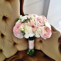 4490 руб., Свадебное оформление и флористика, Букет невесты