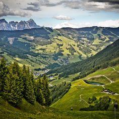Blick auf die Leoganger Steinberge Golf Courses, Mountains, Nature, Travel, Hiking, Summer, Photo Illustration, Naturaleza, Viajes