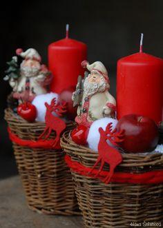 Vánoční dekorace- svícen Pillar Candles, Christmas Ornaments, Holiday Decor, Home Decor, Candle Arrangements, Things To Make, Pottery, Decoration Home, Room Decor