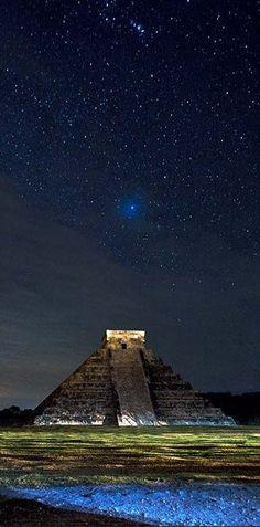 Chichen Itzá es una de las Siete Maravillas del Mundo Moderno en, Yucatán, México.