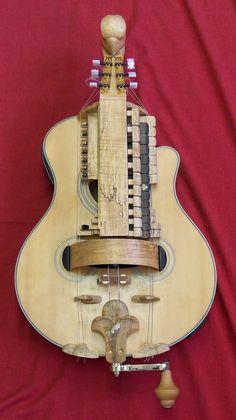 joel peyton, luthier: my hurdy gurdy Making Musical Instruments, Homemade Instruments, Diy Instrument, Custom Electric Guitars, Custom Guitars, Hurdy Gurdy, Art Of Noise, Music Machine, Cigar Box Guitar
