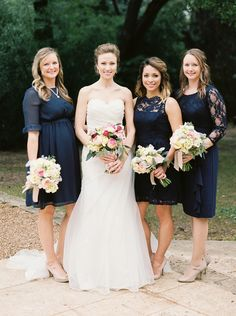 Such an elegant look: http://www.stylemepretty.com/2015/04/23/sweet-simple-asutin-brunch-wedding/   Photography: Kristen Kilpatrick - http://www.kristenkilpatrick.com/