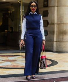 Stunning Office Wear Ideas for the Ladies - Work Outfits Women Corporate Fashion Office Chic, Corporate Outfits, Corporate Attire, Business Casual Outfits, Business Attire, Office Fashion, Stylish Office, Casual Office, Work Attire Women