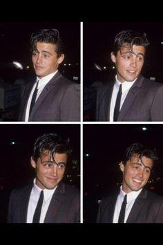 Because Joey Tribbiani// Matt Leblanc 😍 Serie Friends, Friends Cast, Friends Moments, Friends Show, Ross Geller, Chandler Bing, Joey Tribbiani, Common White Girl, Images Murales