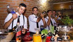 Cuidamos de cada evento como momento único. #Equipe #CaptainsBuzios #instafood #food #gourmet #gastronomia #wedding