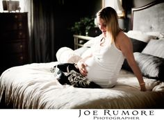 maternity photos in home