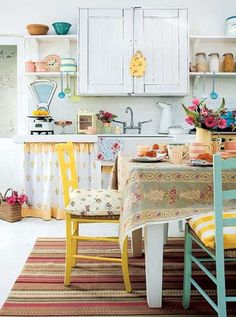 Love these bright colors for my kitchen