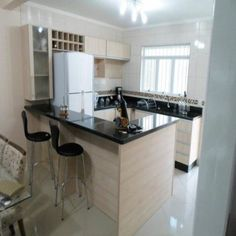 Decorating a small kitchen is a daunting task for many people living in homes that do not have much space. But remember that small kitchens can be . Cuisines Design, Interior Design Living Room, Home Kitchens, Small Kitchens, Kitchen Remodel, Kitchen Decor, Sweet Home, New Homes, House Design