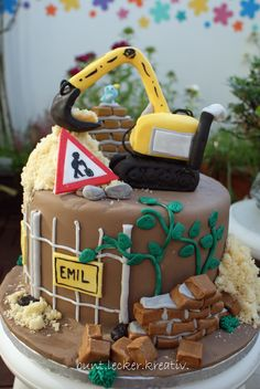 Bagger / Baustellen Torte zum Kindergeburtstag ... cake with digger / construction area for a Kids birthday...