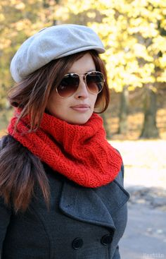 Chunky knit infinity scarf Hand knitted scarf Knit infinity cowl scarf snood by Nastiin