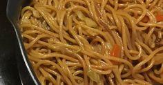 Mennyei Kínai sült tészta recept! Ezt a receptet valahol az interneten találtam régen és nagyon szeretem. Gondoltam meg osztom veletek.