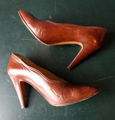 vintage spectator pumps / brown high heels / sz US by GazeboTree, $42.00