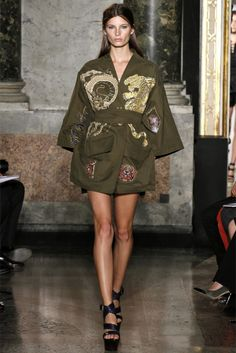823468a062d9 Emilio Pucci Spring 2013 Ready-to-Wear Fashion Show - Ava Smith