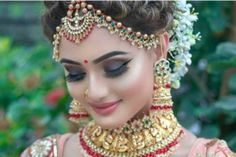 20 Best and Trendy Hairstyle For A Wedding You'll Love - Tikli Bridal Hairstyle Indian Wedding, Indian Bridal Photos, South Indian Bridal Jewellery, Bengali Bridal Makeup, Indian Wedding Makeup, Indian Bridal Hairstyles, Indian Wedding Jewelry, Indian Bridal Outfits, Indian Jewelry