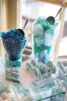 wedding candy bar  ♥ ♥ ♥ Follow [YumYum Weddings @ Pinterest] for 2013's best wedding pinspiration now.