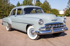 Classic 1952 Chevrolet Deluxe 4 Door Sedan for auction at Raleigh Classic in North Carolina. View pictures, specs, & pricing on our classic Chevrolet Deluxe 4 Door Sedan. Classic Car Garage, Classic Cars, Vintage Cars, Antique Cars, Chevy Vehicles, 1955 Chevy, Classic Chevrolet, Car Images, American Muscle Cars